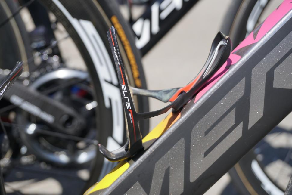 tour-de-france-2019-vincenzo-nibali-merida-reacto-kom-8.jpg