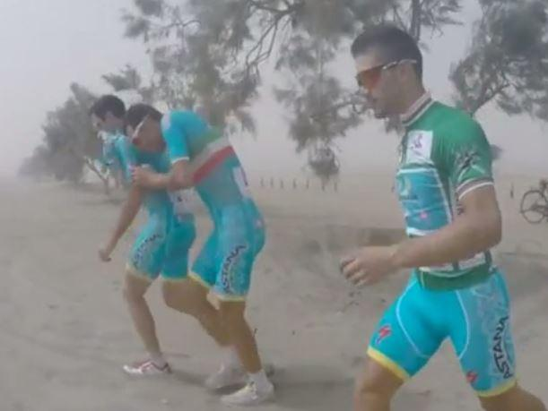 Tour of Oman 2015 sandstorm Vine (source Astana Team).JPG
