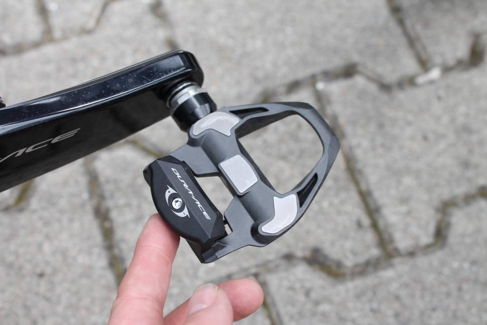 Tour Tech 2017 - pedals Chris Froome Shimano DA 9100 - 1.jpg