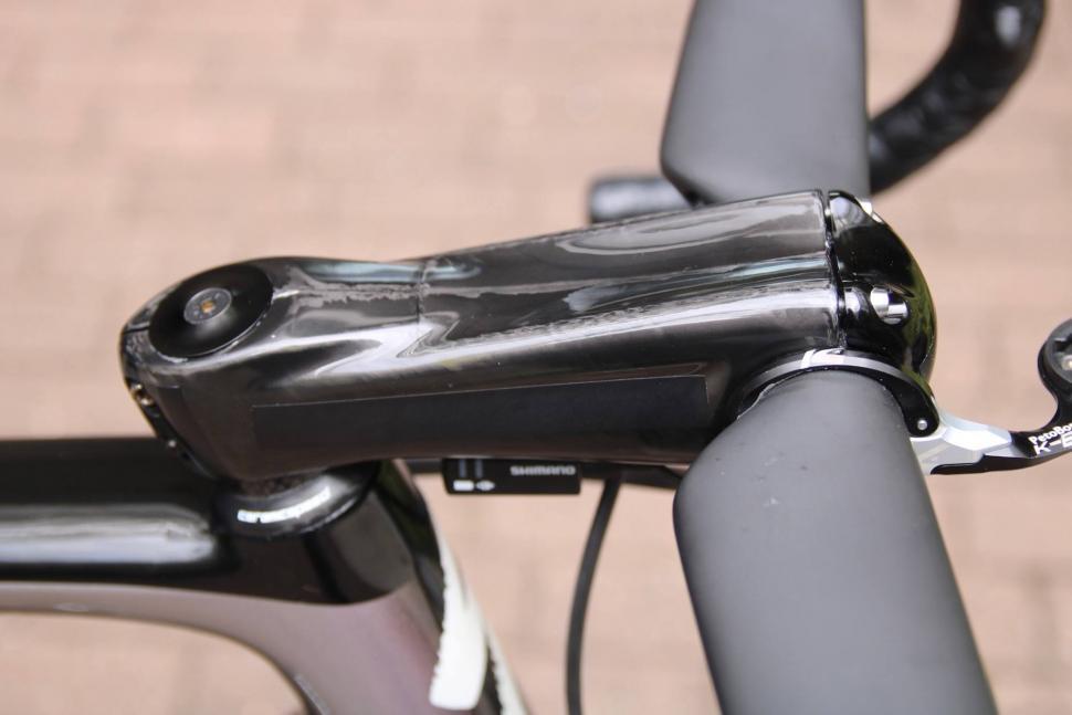 Tour Tech 2017 - Sagan disguised Zipp stem - 1.jpg