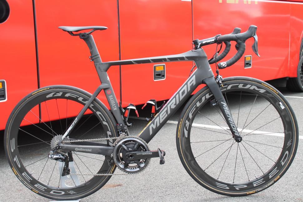Tour Tech 2018- Nibali Merida Reacto KOM full bike - 1