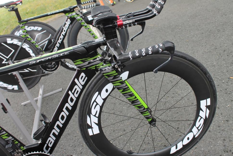tour_de_france_2018_-_martinez_cannondale_superslice_tt_bike_-_1_1.jpg