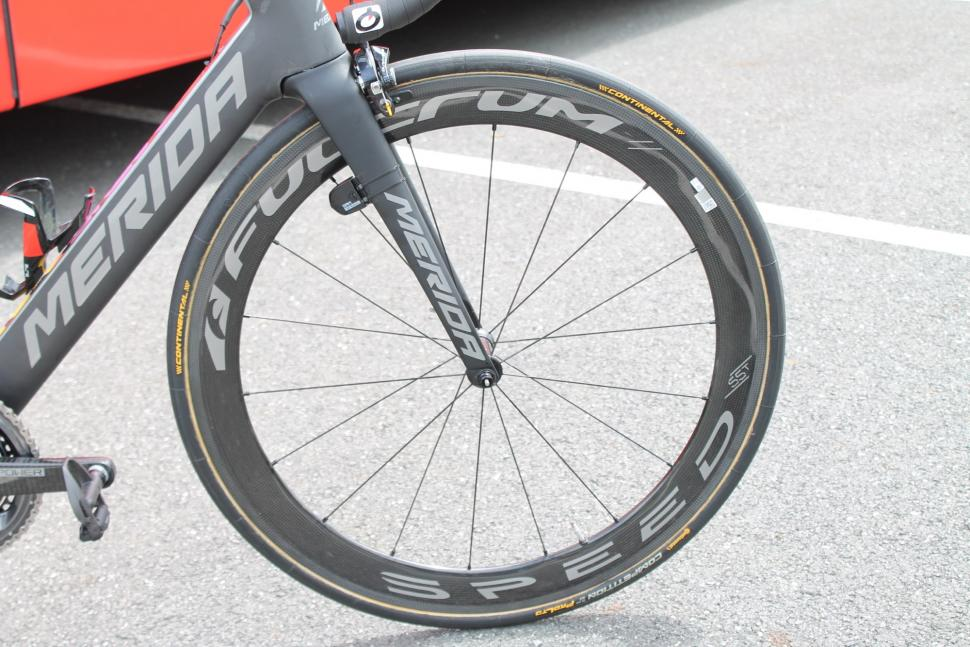 tour_de_france_2018_-_nibali_fulcrum_speed_55t_front_wheel_-_1.jpg