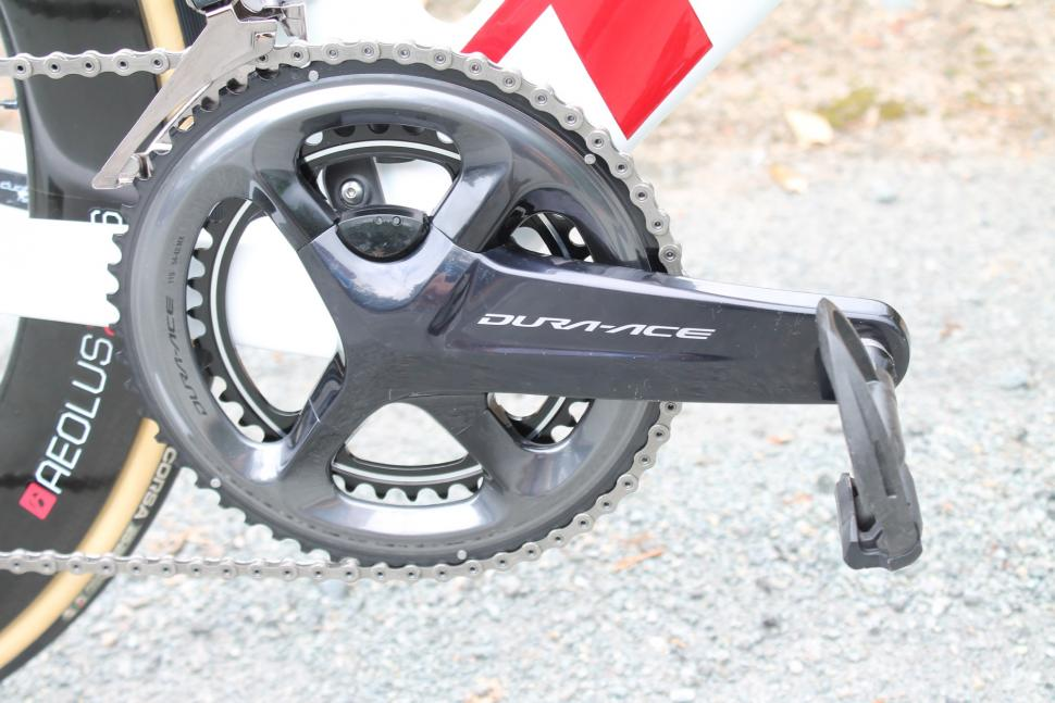 tour_tech_2018_-_trek_segafredo_trek_madone_disc_-_3.jpg