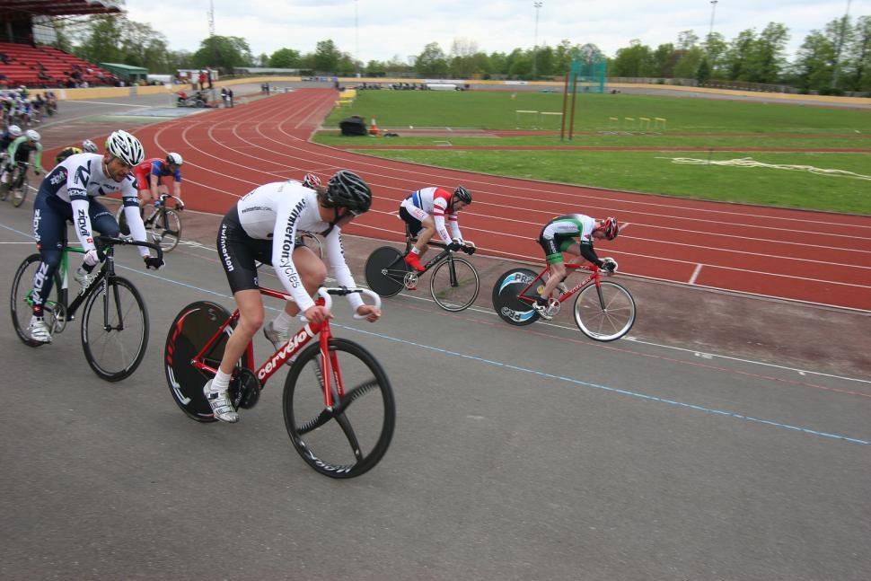 track cycling (Jun).jpg