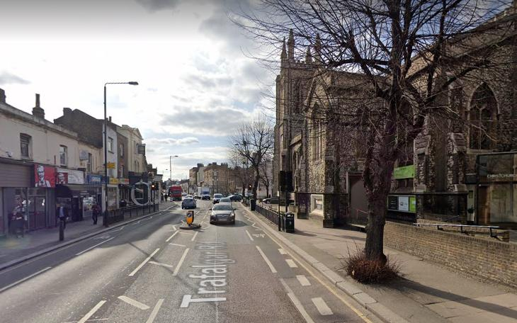 Trafalgar Road, Greenwich (via Google Street View).PNG