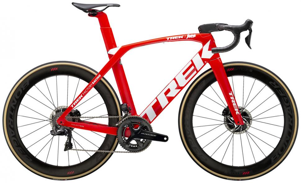 Trek-2020-Madone-SLR-9-Disc--Red--9155-l-1 (1).jpg