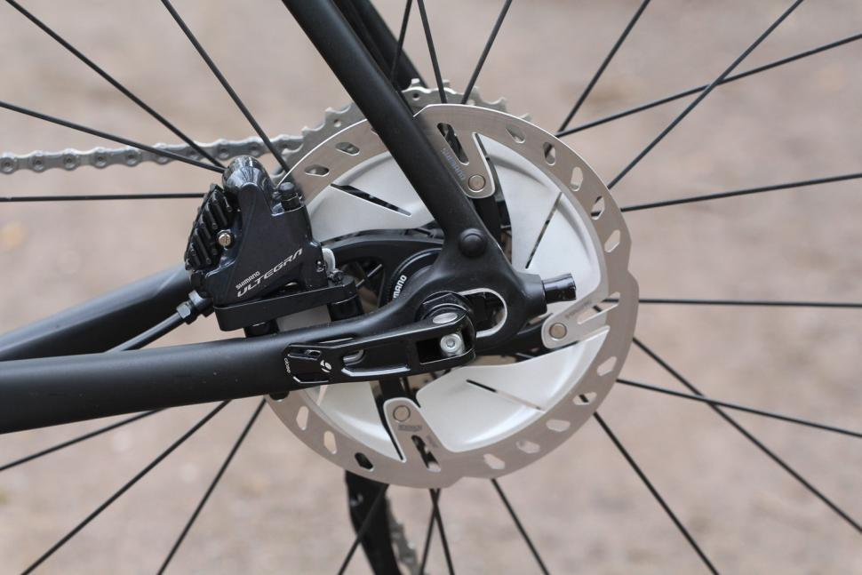 Trek Checkpoint - rear disc brake.jpg