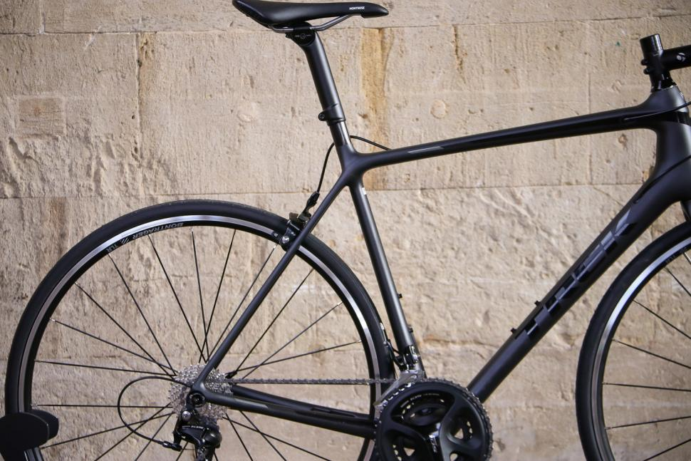 Trek Emonda SL 5 - rear.jpg