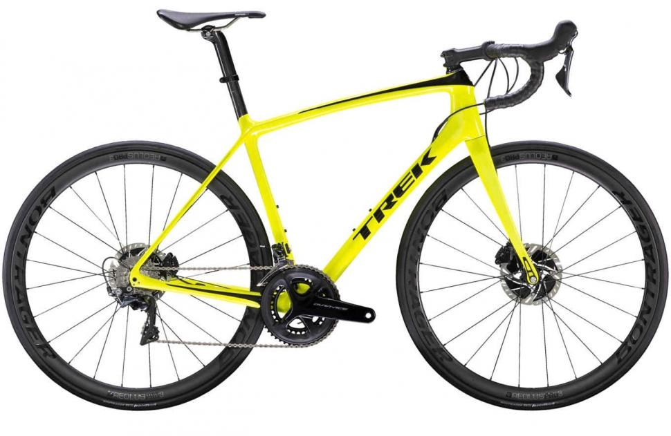 21061976a0d ... 28mm tyres although Trek says that you can fit wider tyres for gravel  and even adventure riding. Trek Emonda SLR 8 Disc 2019