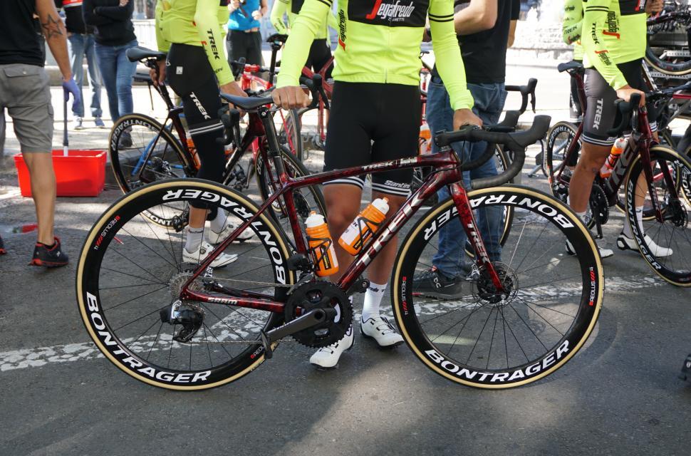 Trek Tour bikes11.JPG