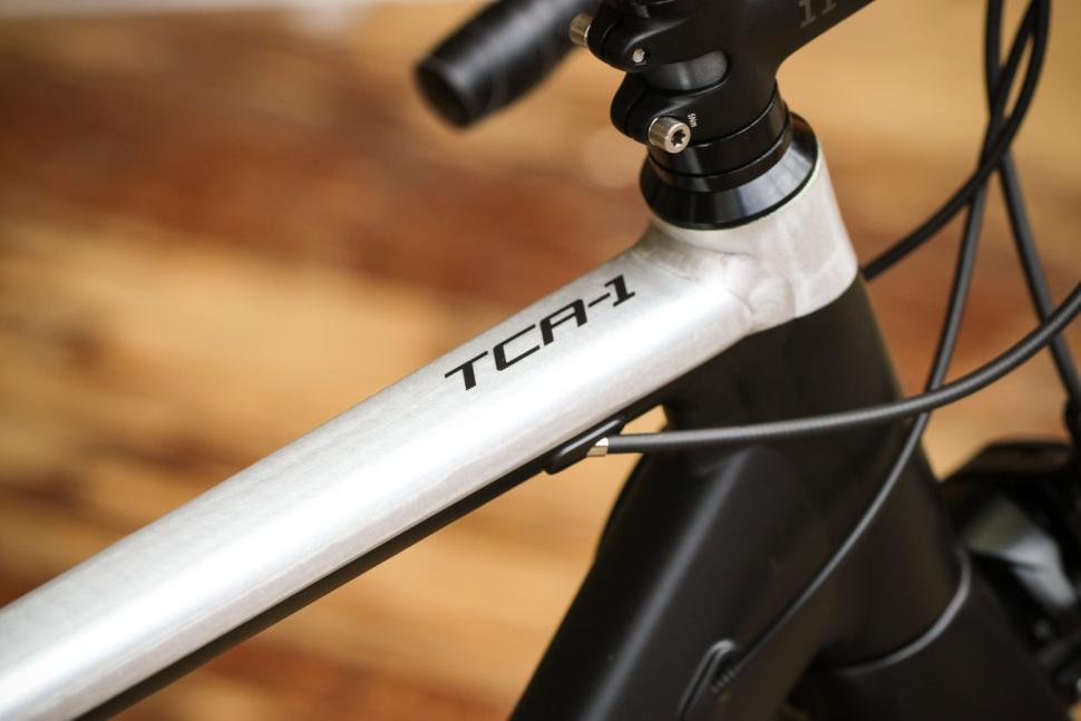 Tresca TCA-1 - top tube.jpg