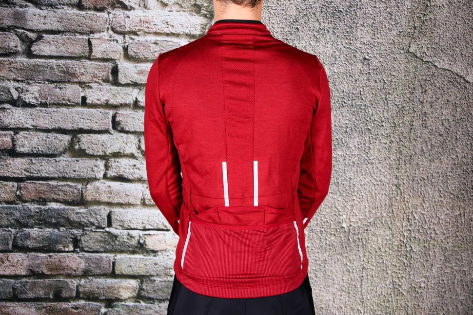 Triban Long Sleeved Merino Top - back.jpg