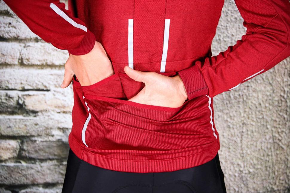 Triban Long Sleeved Merino Top - pockets 2.jpg