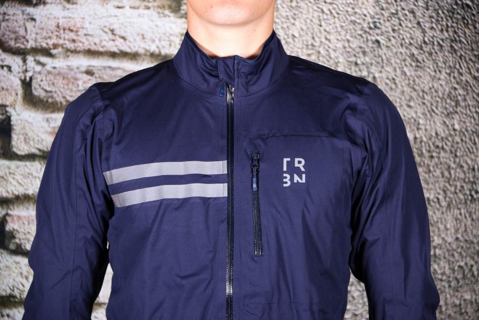 Triban Rainproof Jacket RC500 - chest.jpg