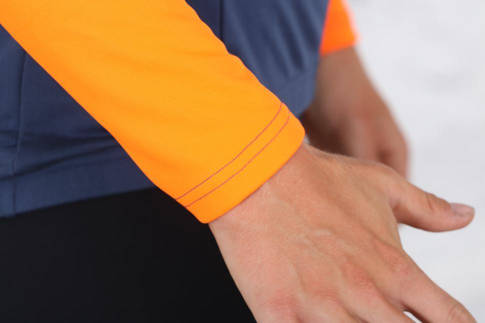 Triban RC 100 long Sleeved Cycling Top - cuff.jpg