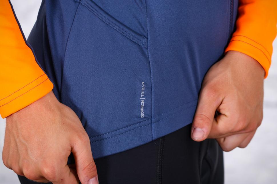 Triban RC 100 long Sleeved Cycling Top - logo detail.jpg