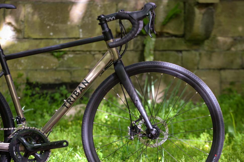 Triban RC 520 Gravel - front.jpg