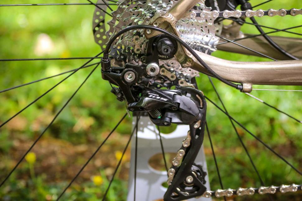 Triban RC 520 Gravel - rear mech.jpg
