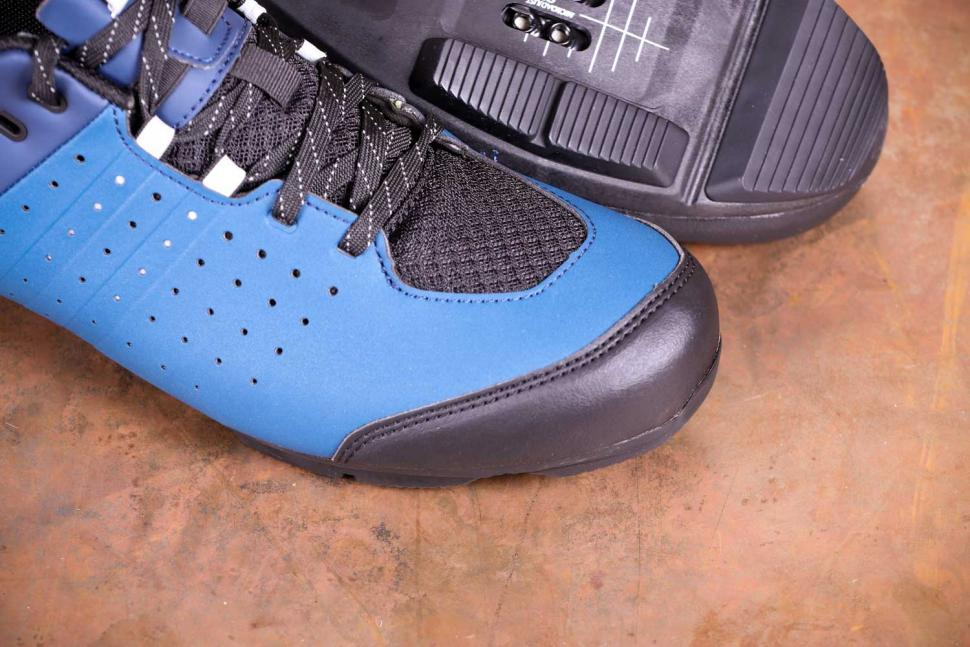 Triban RC 500 SPD road cycling shoes - toe