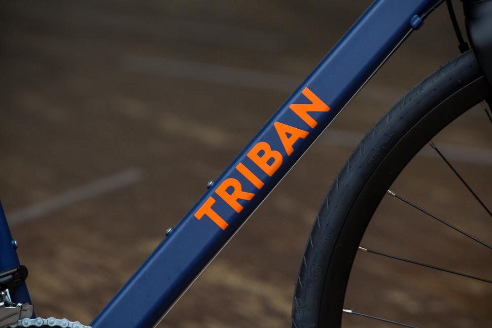 Triban RC120 Disc road bike - down tube.jpg