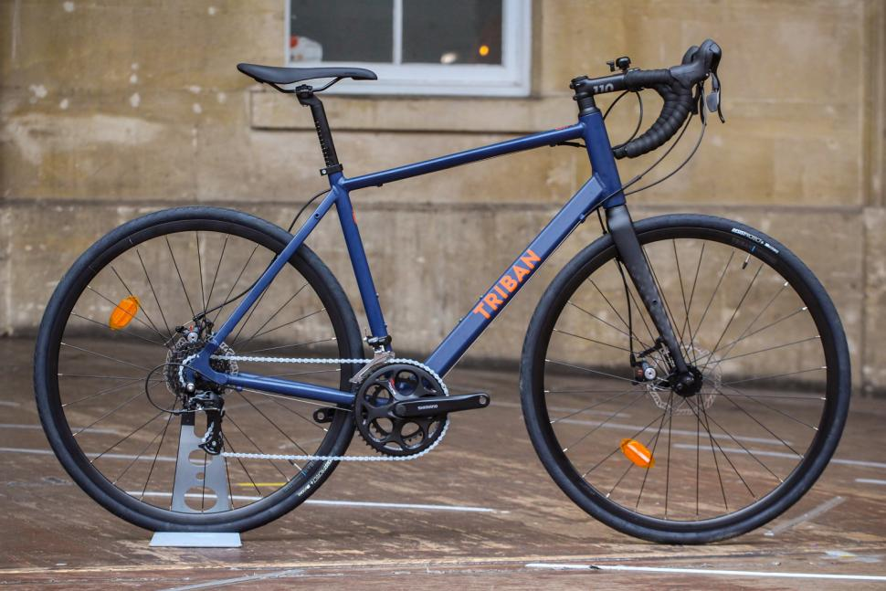 Triban RC120 Disc road bike.jpg