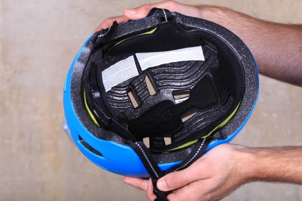 TSG Status Helmet - inside.jpg