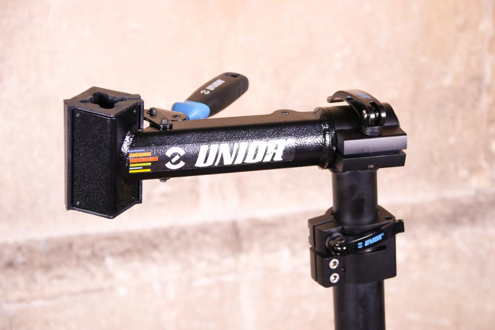 Unior Bikegater Plus Repair Stand - clamp head.jpg