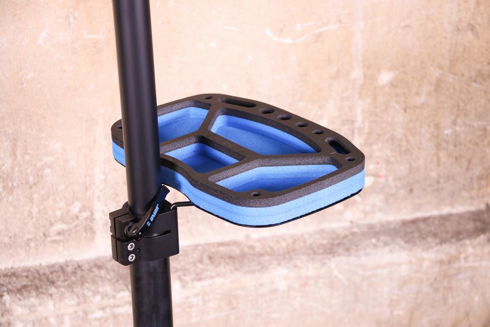 Unior Bikegater Plus Repair Stand - tool tray.jpg