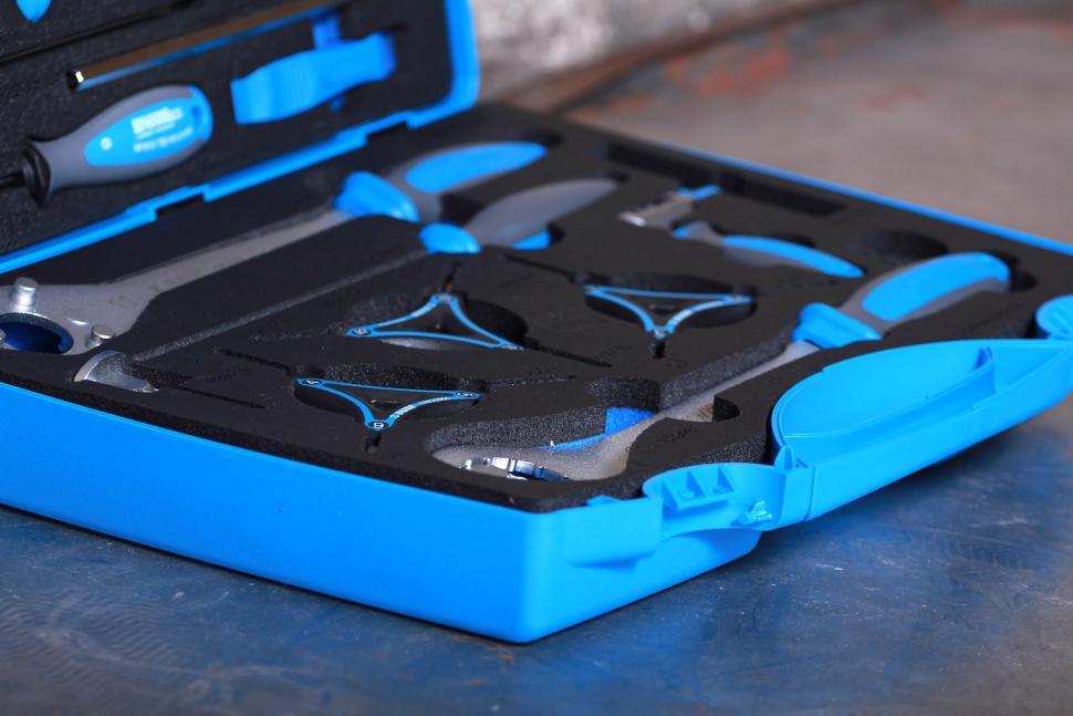 Unior Pro Home Set - 1600CN Hand Tools - detail.jpg