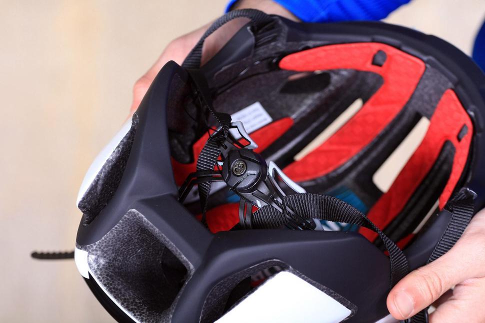 Uvex EDAero Helmet - BOA.jpg