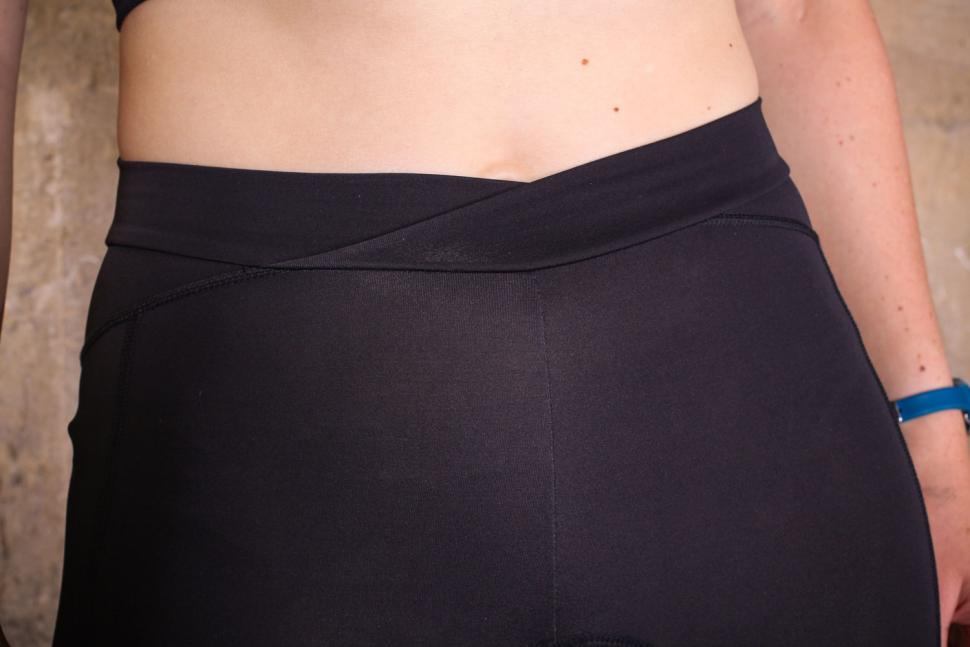 Van Rysel 900 Women's Cropped Tights - waist.jpg