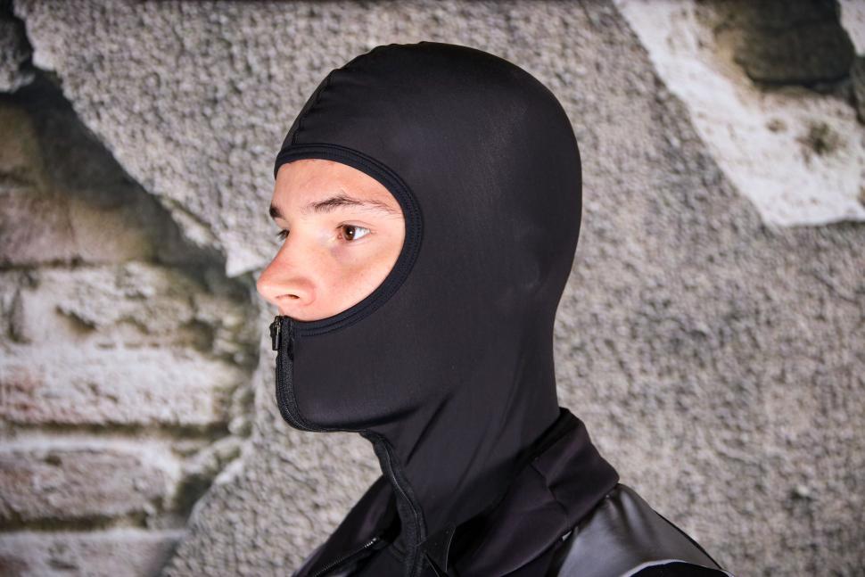 Van Rysel Cold Weather Extreme Racer Jacket - balaclava.jpg