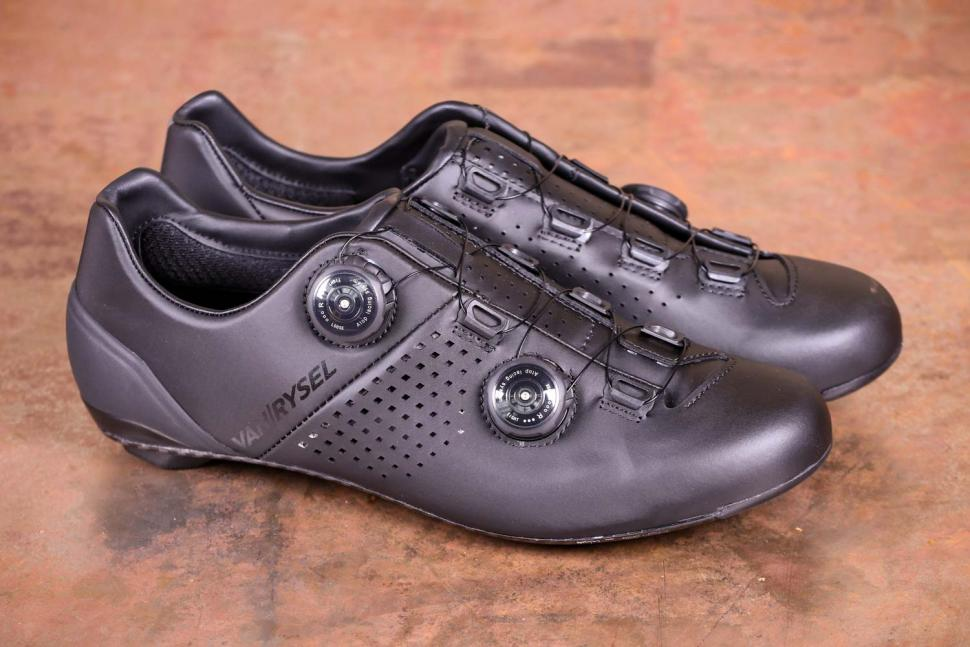 Van Rysel RR 900 Carbon Road Cycling Shoes - side.jpg