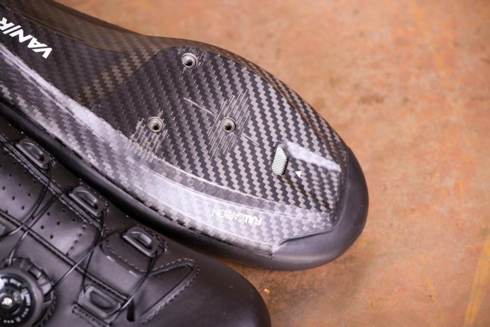 Van Rysel RR 900 Carbon Road Cycling Shoes - sole toe.jpg