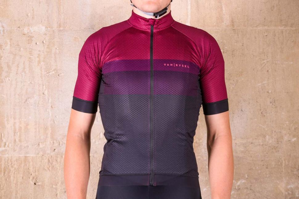 Van Rysel RR 900 Short Sleeve Cycling Jersey.jpg