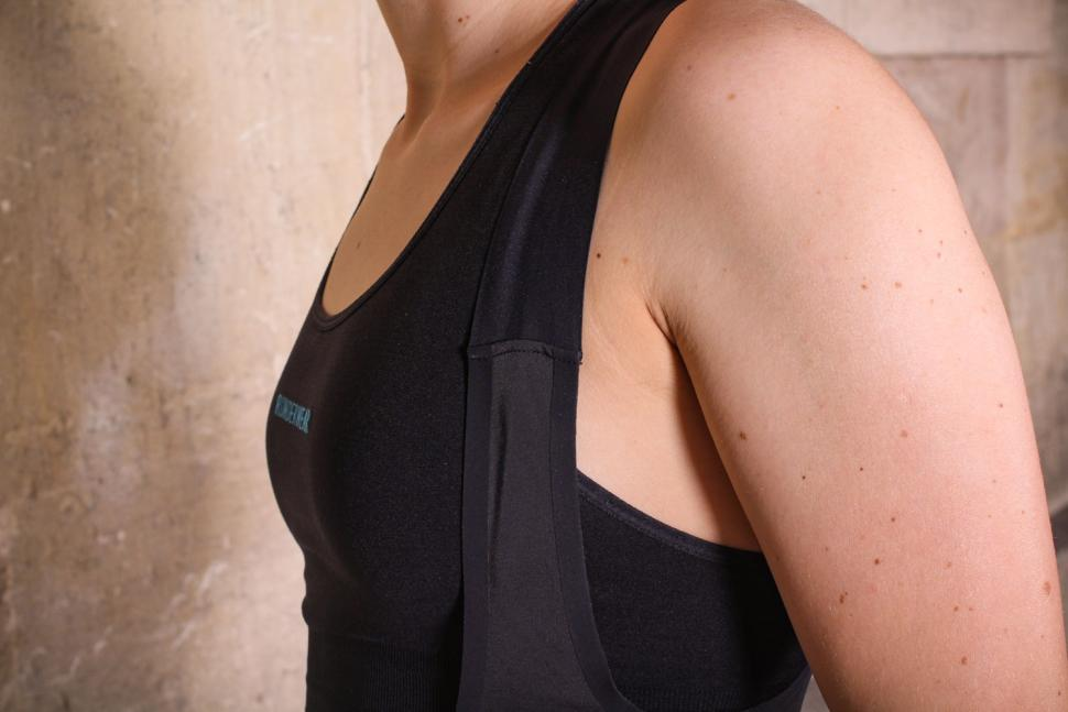 Van Rysel RR 900 Women's Cycling Bib Shorts - strap.jpg