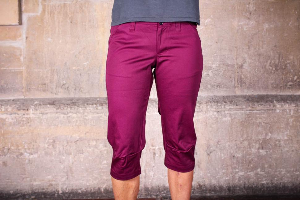 velocity_womens_cycling_capris.jpg