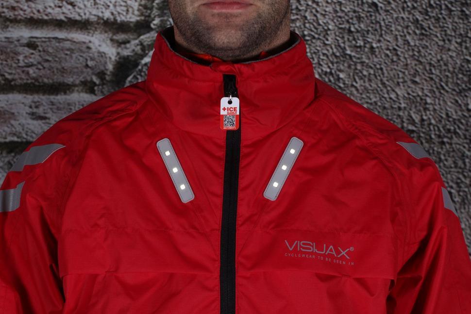 Visijax Highlight Jacket with LEDs - front lights.jpg