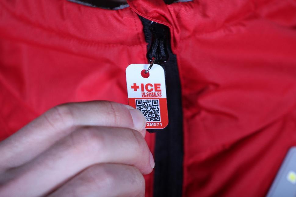 Visijax Highlight Jacket with LEDs - ICE tag.jpg