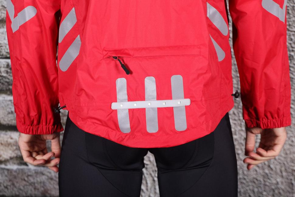 Visijax Highlight Jacket with LEDs - tail.jpg
