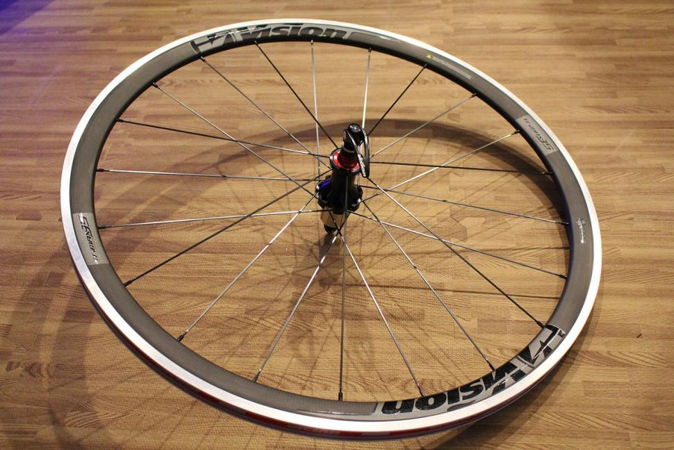 Vision Trimax 35 wheel.jpg
