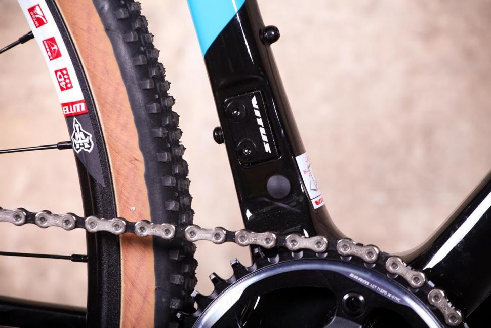 Vitus Energie CRX - frame detail.jpg