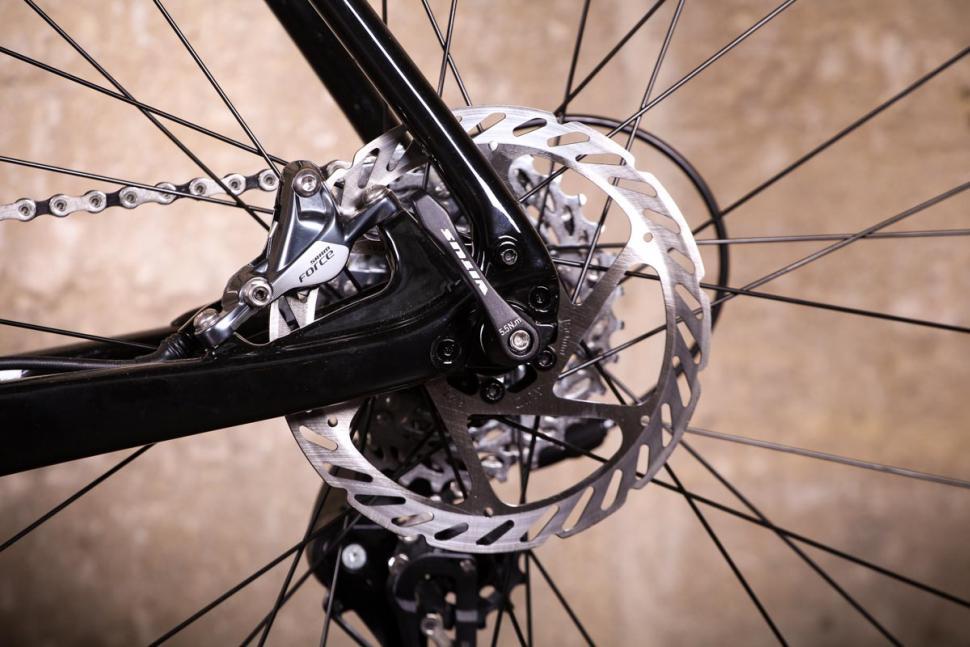 Vitus Energie CRX - rear disc brake.jpg