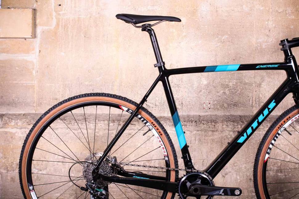 Vitus Energie CRX - rear.jpg
