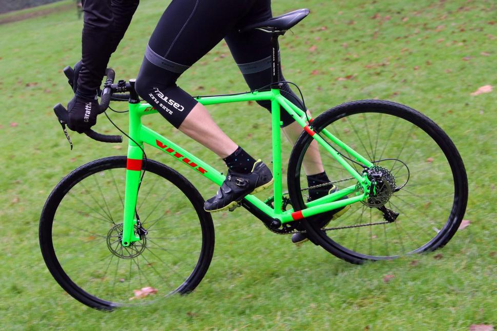 Vitus Energie - riding 4.jpg