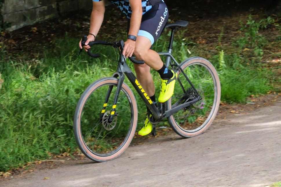 Vitus Substance CRX - riding 4.jpg