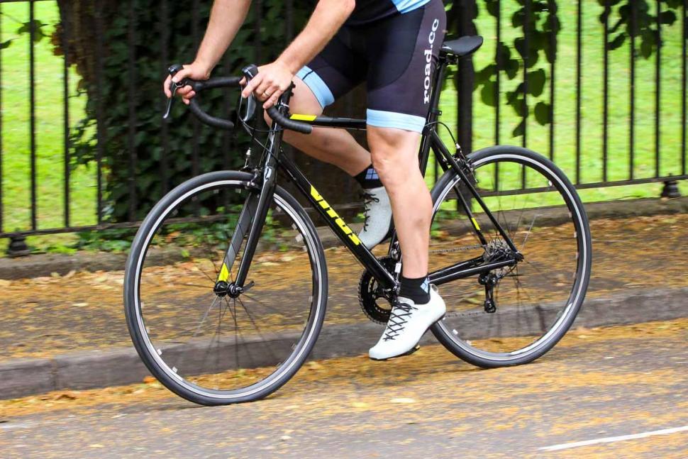 vitus_razor_vr_-_riding_4.jpg