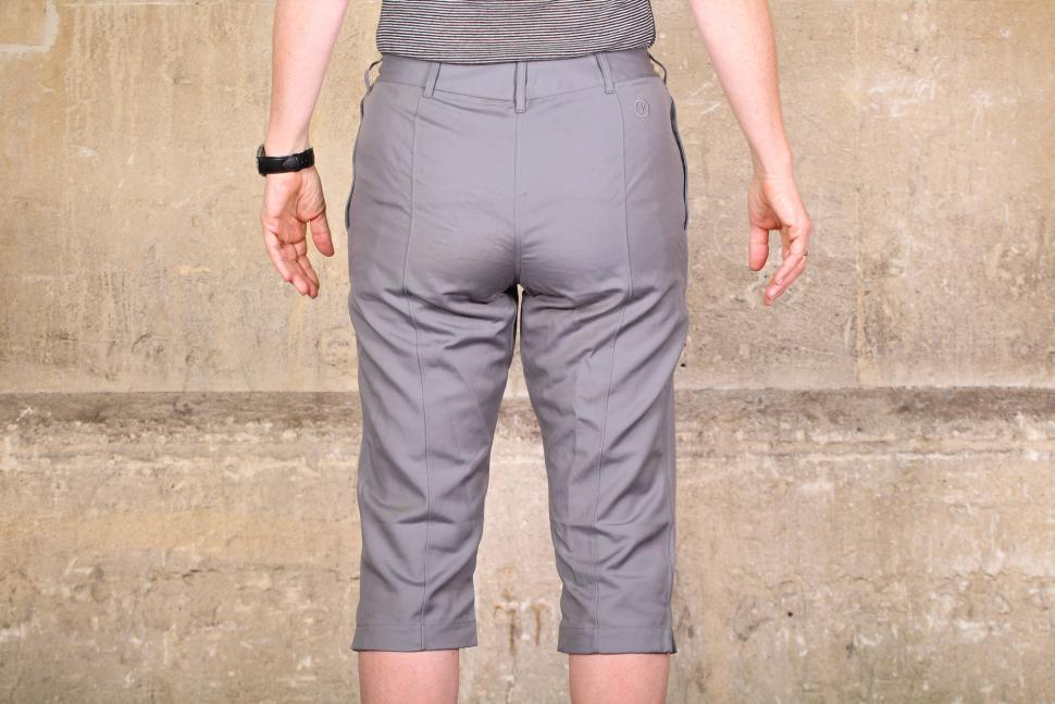 Vulpine Womens Summer Cycling Capri Pants - back.jpg