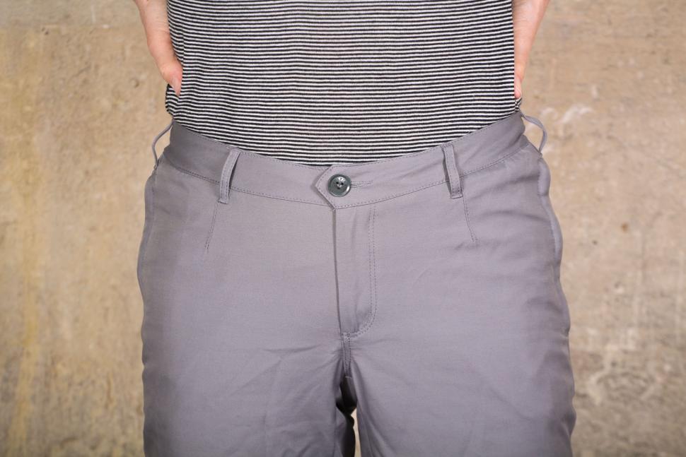 Vulpine Womens Summer Cycling Capri Pants - waist 2.jpg